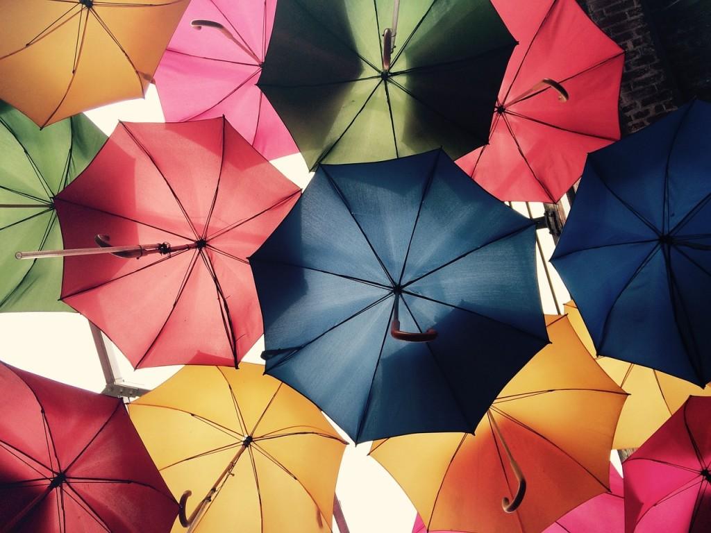 Pioggia ombrelli