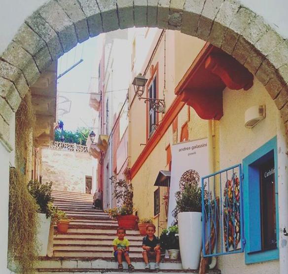 Isola San Pietro bambini Sardegna